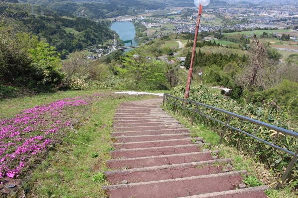 富山市舟倉(旧大沢野)の猿倉山公園風の城に行ってみた