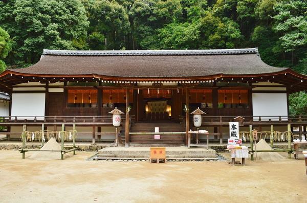 宇治上神社拝殿(国宝):京都世界遺産の宇治上神社