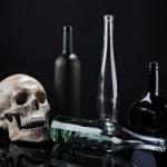 タニデザイン、贈答用日本酒ラベル制作と瓶選定をする