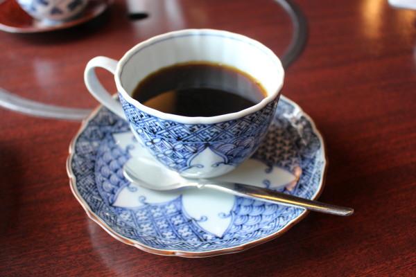 食後のコーヒー:合掌造りで優雅なランチなら五万石千里山荘さん:富山市婦中