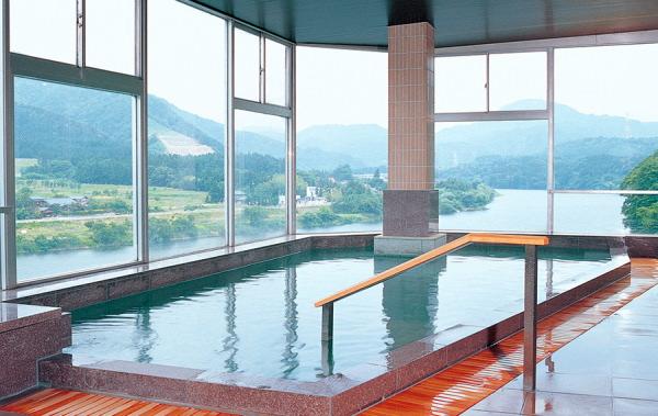 大浴場:咲花温泉佐取館