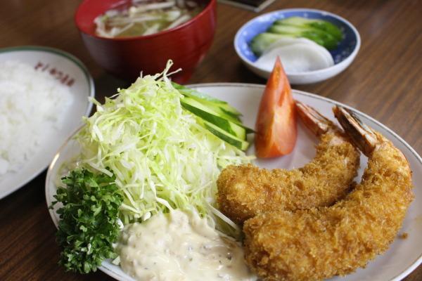 エビフライ:富山市西町とんかつ石坂さんで10年ぶりにとんかつ屋体験