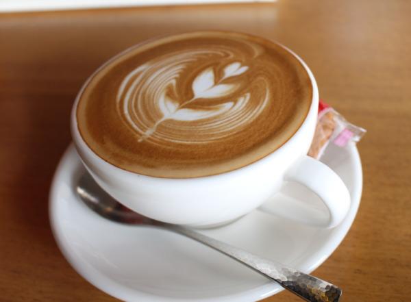 カフェラテ100円!:富山カフェ・セルコーヒーロースターズ