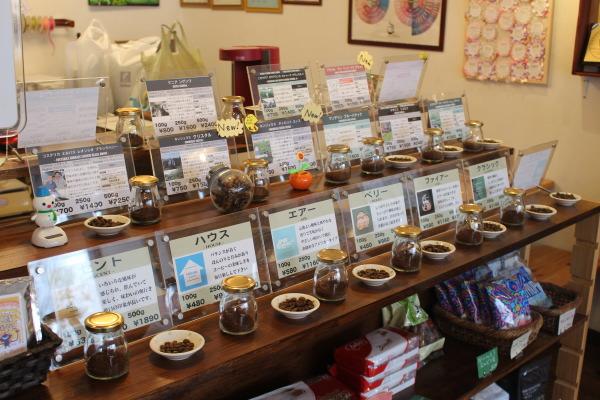 店内3富山カフェ:日本代表バリスタ所属のセントベリーコーヒーへ