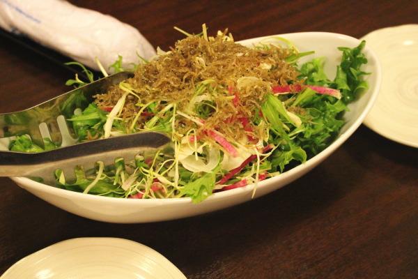 サラダ:もてなし蔵和onさんで割烹料理を楽しむ:富山居酒屋