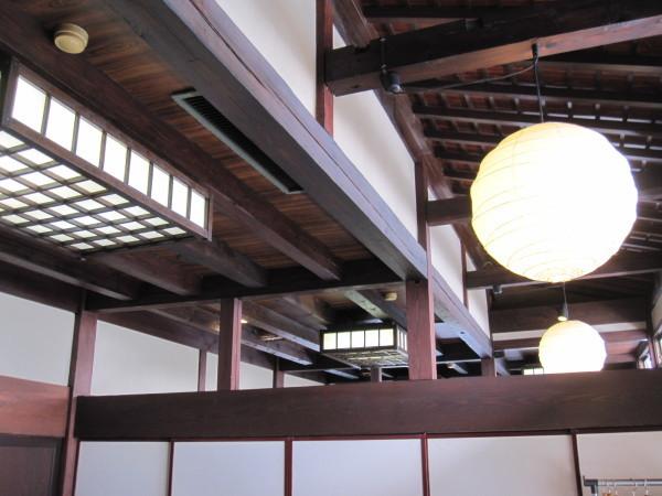 天井:富山会席:合掌造り五万石千里山荘さんで春コースを堪能