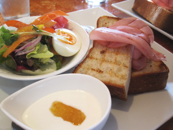 モーニングセット:富山カフェ:パン屋Baku Houseさんのモーニングセットがお得