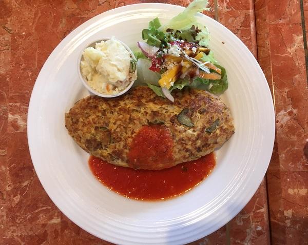 オムライス 富山カフェ:美味しいパン屋バクハウスBaku Houseさんでランチ【500円モーニング終了】