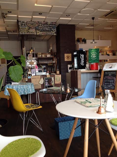 店内:富山カフェ:かふぇふたばで春いちごパフェ(高岡市佐野)