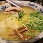 あっさりスープ好きの方に!新潟駅前ラーメン浦咲さん焼あごラーメン