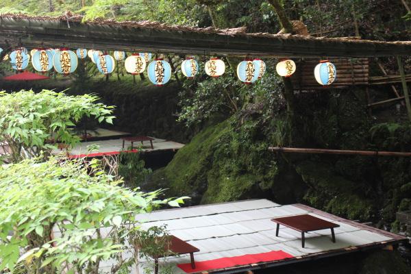 川床食:京都屈指のパワースポット!貴船神社(京都市左京区)観光に行ってみた