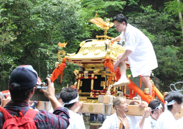 神輿:京都屈指のパワースポット!貴船神社(京都市左京区)観光に行ってみた