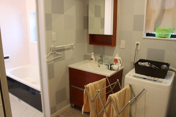 洗濯機:京都で子供連れ一棟貸しホテルなら東寺ハウスがおすすめ!