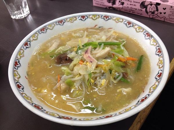 ラーメン:大阪西成の高評価中華料理店「大阪飯店」に行ってきた