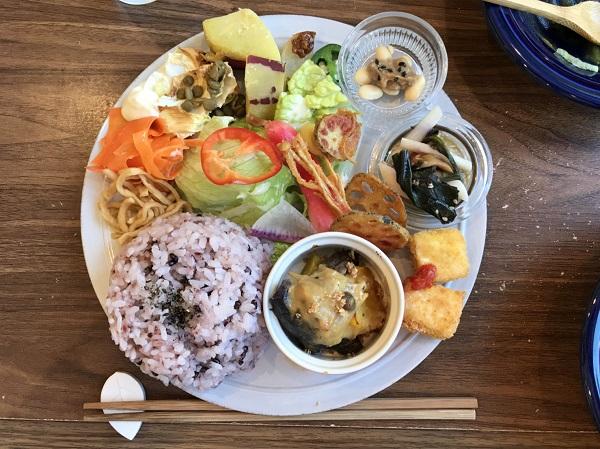 プレートランチ 砺波ランチ日記:麹&発酵ごはんのイチカキッチンのプレートランチ