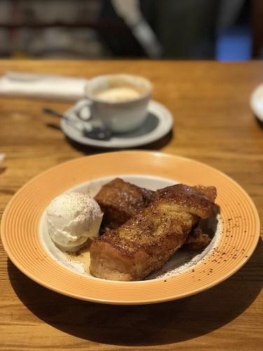 フレンチトースト 富山イチのチョコレートパフェを食べにCafeジャックラビットスリムスさんへ