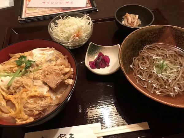 親子丼 富山駅前ランチ日記:掘りごたつ席個室がラクなけやき亭さん