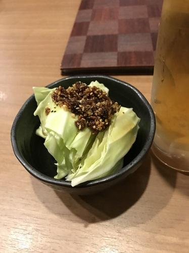 付き出しキャベツ 富山焼き鳥日記:ゴロゴロ焼き鳥と付き出しキャベツが美味なとり翔さん