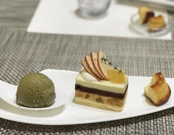 ケーキ チョコレートパフェ好きはラ・メゾンドジュンへ向かえ!