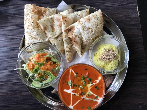 ネパールカレーキッチンヒマラヤ バターチキンカレー