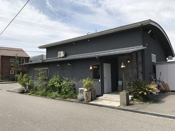 外観 金沢のオシャレで美味しい野菜料理店ならFUNTABLE(旧キングストングリル)さん