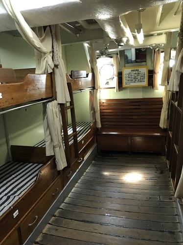 海王丸 総帆展帆 寝室