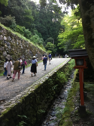 鞍馬寺 最初の坂 京都屈指のパワースポット!鞍馬山に登山