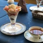 富山カフェ日記:紅茶専門店ローズウッドの桃丸ごとパフェが美味!