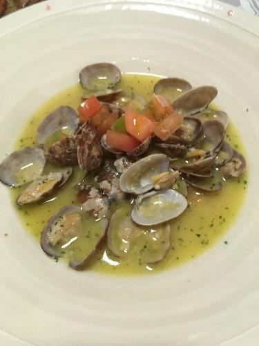 あさりの白ワインスープ 富山イタリアン:素敵な接客と美味しい料理のトラットリア・サッチさん