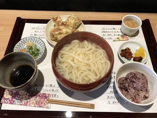 釜揚げうどん 奈良うどん日記:とり天が美味い! Udon and cafe麺喰