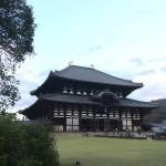奈良屈指のパワースポット東大寺で大仏様を拝む:奈良世界遺産観光