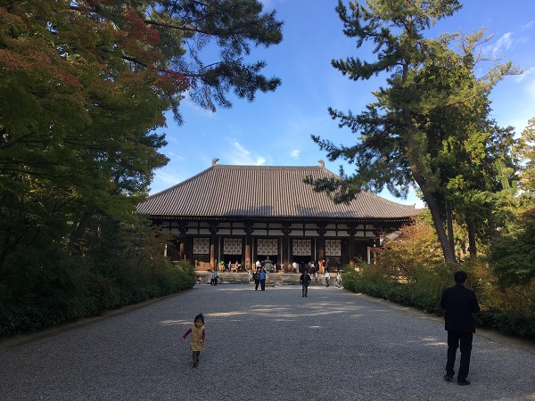 奈良世界遺産観光:凛とした空気の唐招提寺へ