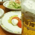 【悲報】サイゼリヤのビールジョッキがプラスチック製に!