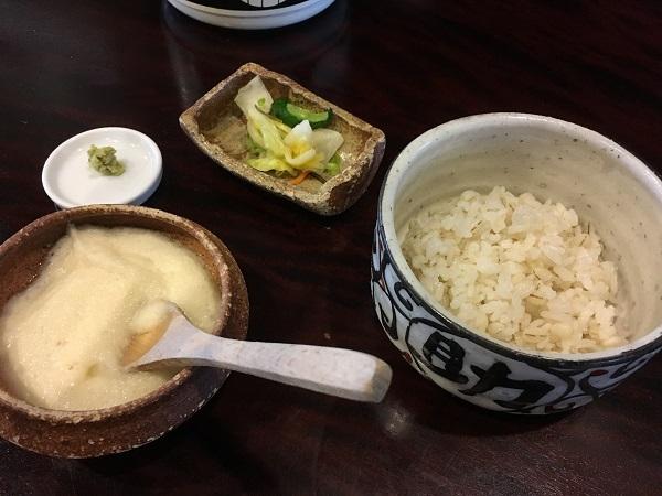 麦とろご飯 砺波福助さん:おつまみ系も美味しい人気お蕎麦屋さんでした!