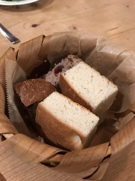 パン 前菜盛り合わせがおすすめ!高岡の人気イタリアンnoce(ノーチェ)