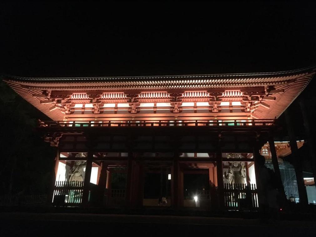 高野山観光に行ったら夜の壇上伽藍がオススメ!