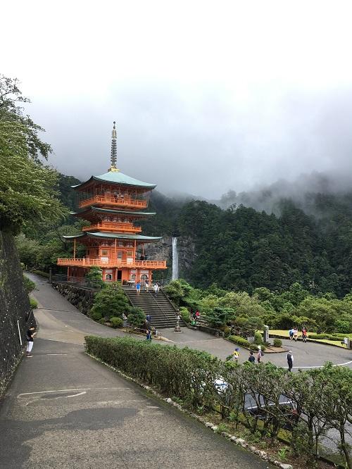 熊野那智大社の大門坂は雨の日はやめておいた方が良いレベル