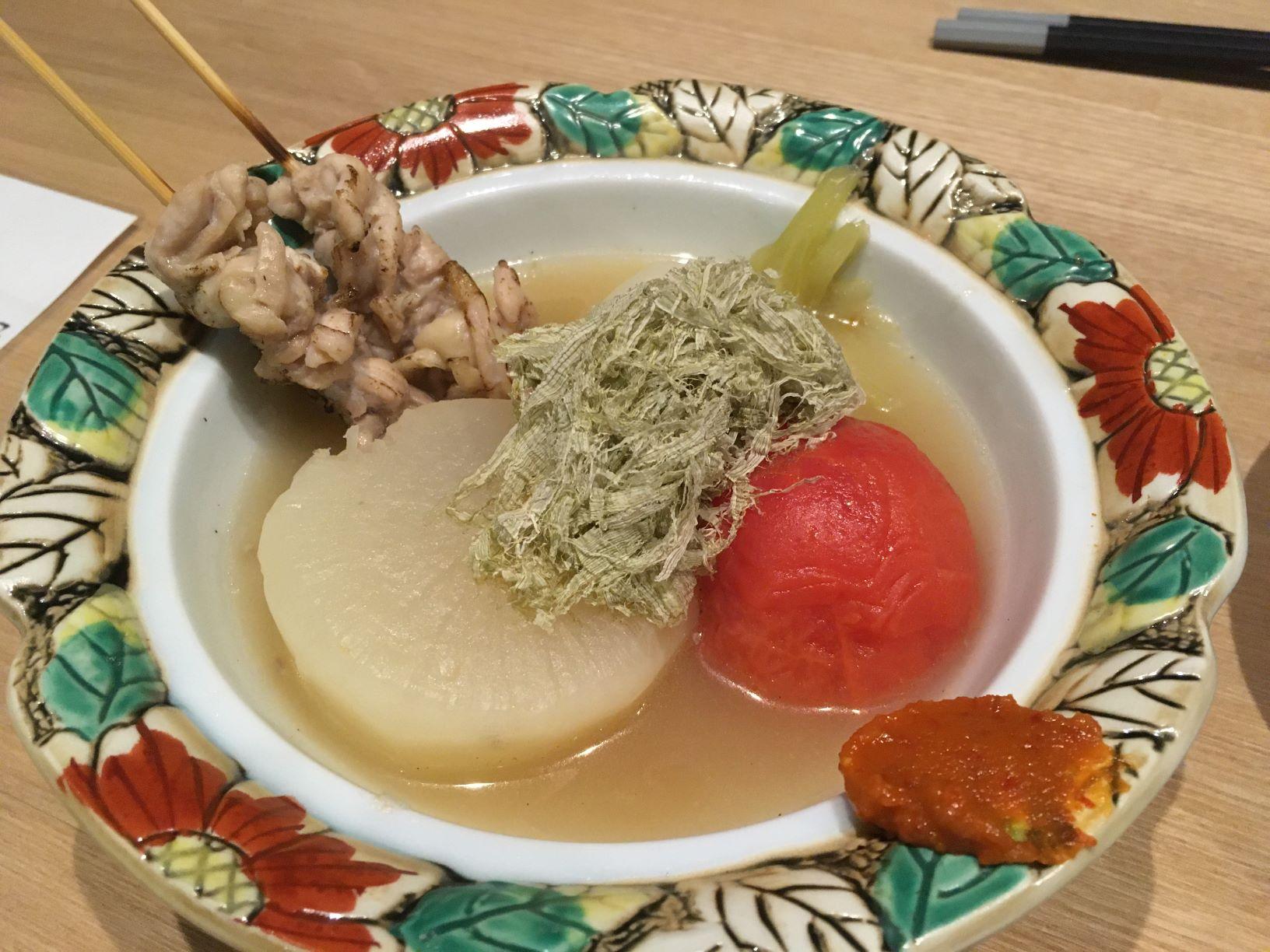 鶏おでん 牛すじ肉吸い 総曲輪大衆酒場六腑(ろっぷ)