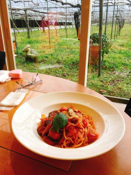 パスタとぶどう園 金沢ランチ:サラダ食べ放題が嬉しい!イタリアンカフェぶどうの木