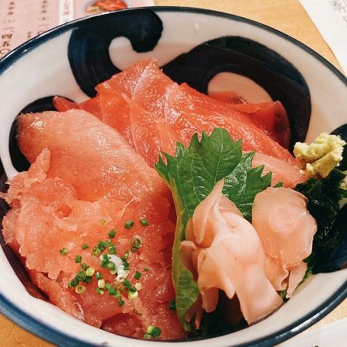 マグロ丼上 静岡日帰り出張で島田魚中さんで美味マグロ丼をいただく