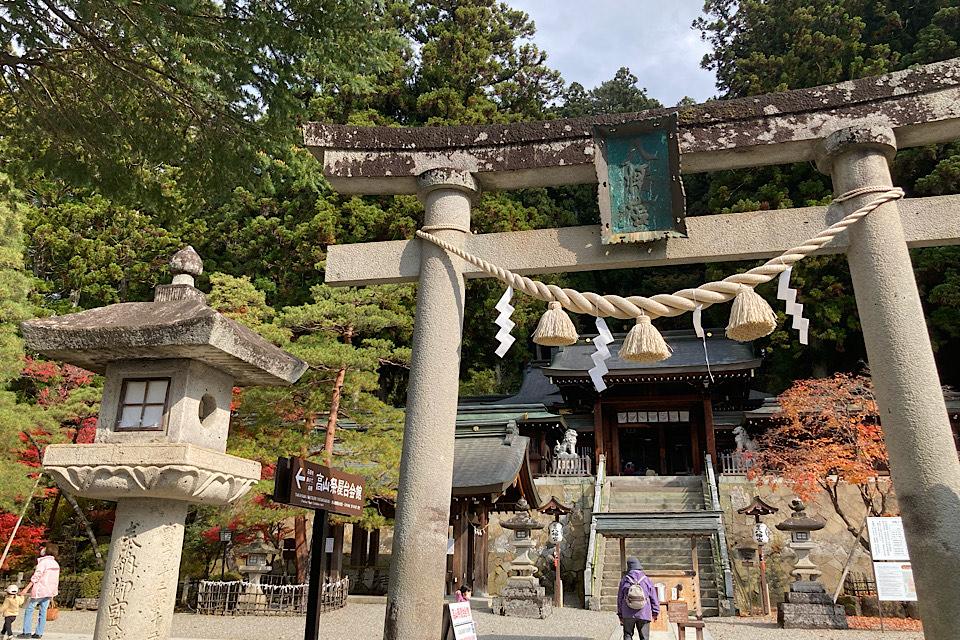 櫻山八幡宮 食べ走りにピッタリ!飛騨高山中心部はシティランニングに最適