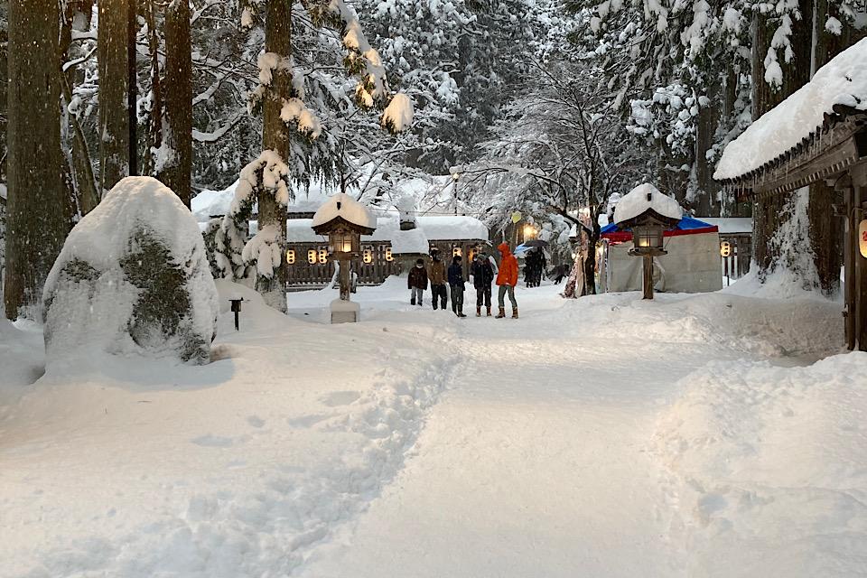 冬の雄山神社 芦峅中宮 祈願殿