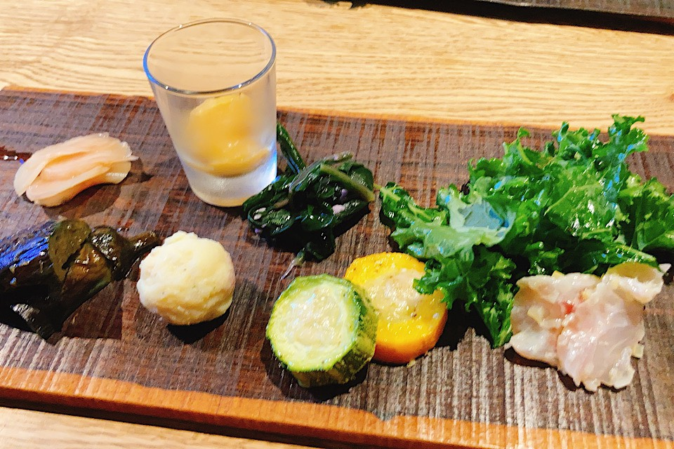 井波におしゃれデートレストラン出現!燻製カフェバーnomi前菜